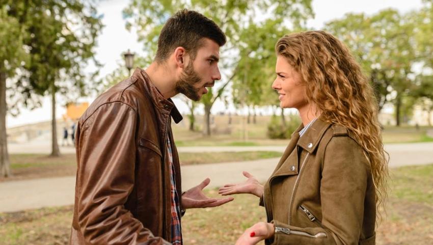 كيف يبدو الشخص الذي لا يحبك؟.. علامات رئيسية حدّدها علماء النفس