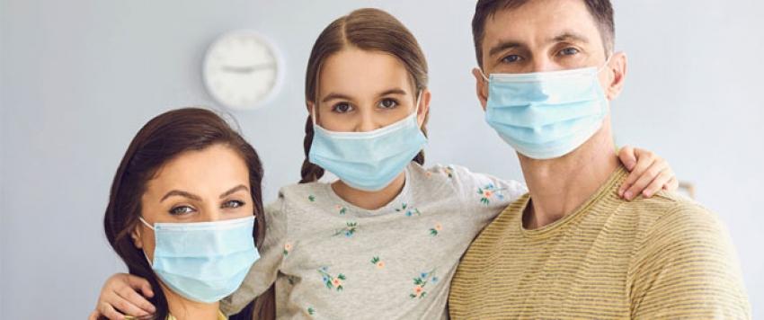 فائز بجائزة نوبل: عدم وضع كمامة كالقيادة وأنت مخمور.. والصحة العالمية تبحث احتمال انتشار كورونا عبر الهواء