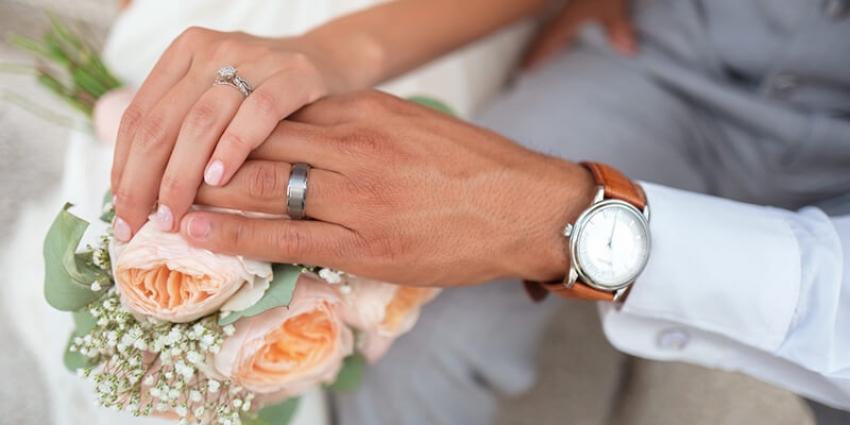 أزواج يتحدثون.. هل يؤثر اختلاف المستوى الثقافي والدراسي على نجاح العلاقة المقدسة؟