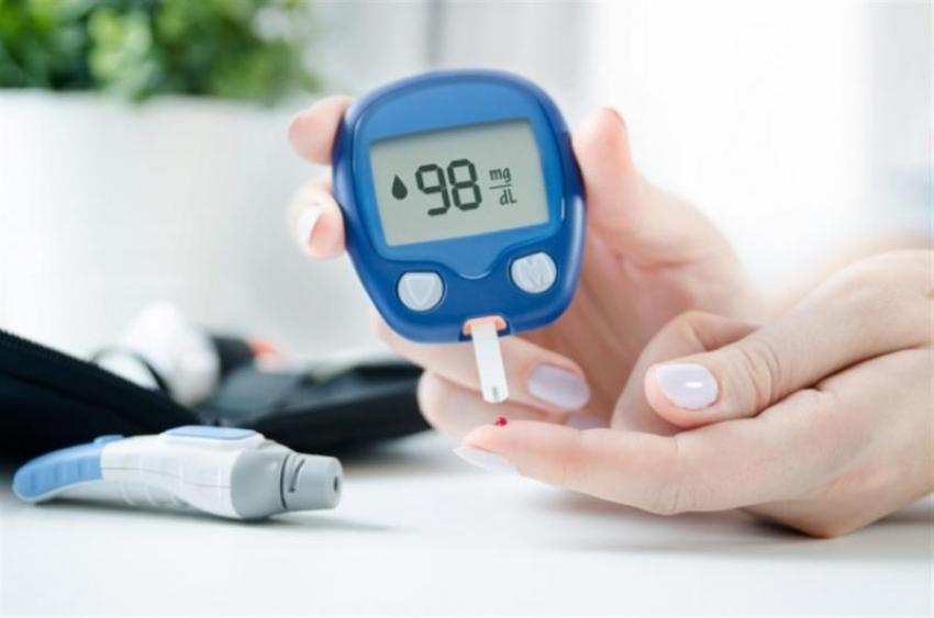 تجنباً للحيرة.. تعرف على معدل السكر الطبيعي حسب العمر