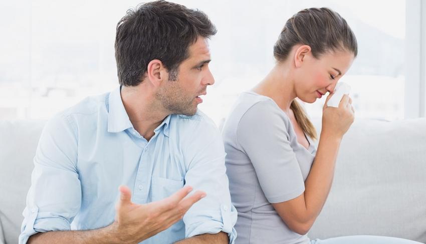 أكاذيب الرجال هل تصدقها النساء؟