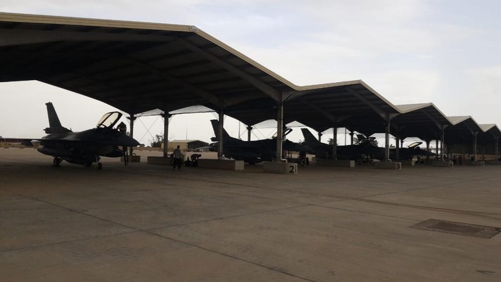 تعرض قاعدة جوية عسكرية في العراق للقصف