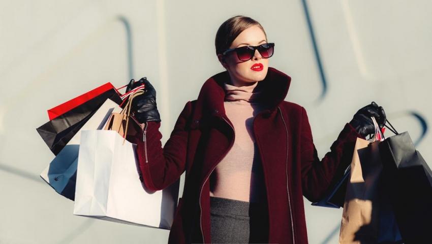 """هوس """"التسوق القهري"""".. عندما يصبح الشراء نوعا من الإدمان"""