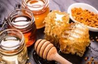 الإكسير الذهبي.. لا تنخدع بـ5 أساطير عن العسل