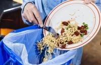 حتى لا تسمم عائلتك.. 10 نصائح للاستفادة من بقايا الطعام