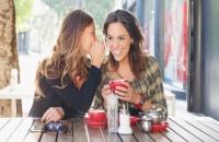 عشر دراسات تخبرنا السر.. لماذا نحن مغرمون بالكشف عن أسرارنا؟